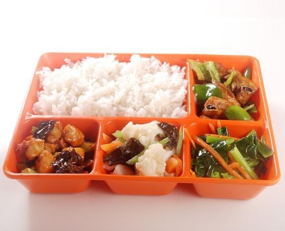 營養學生餐